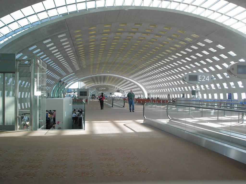 Аэропорт Шарль де Голль, Франция