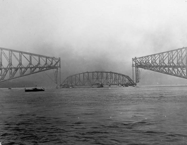 Квебекский мост, Канада