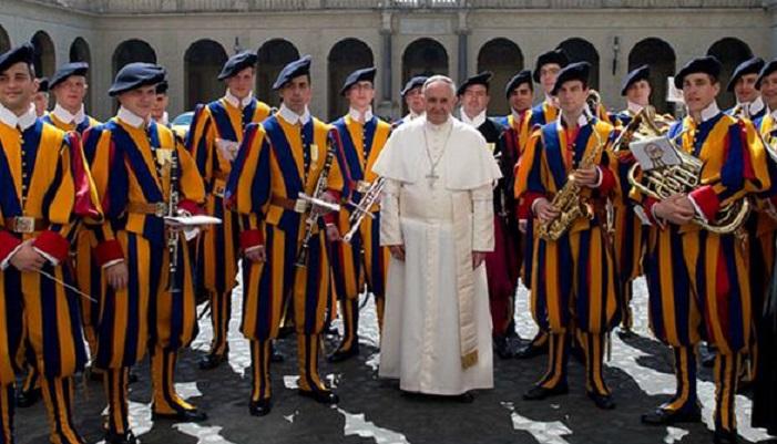 Жизнь в Ватикане: самые необычные факты