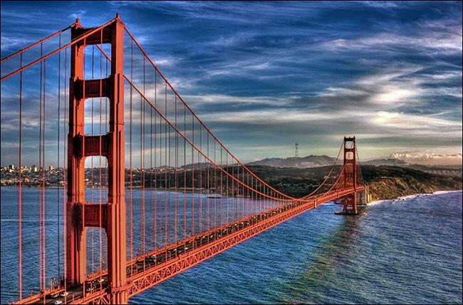 Цвет моста «Золотые Ворота»