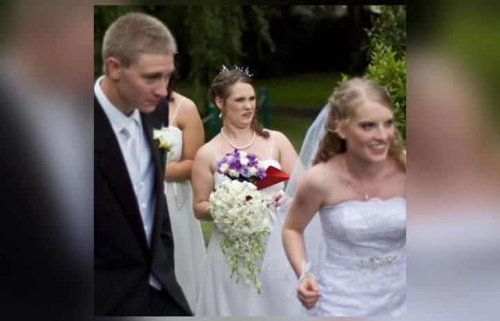 45 забавных свадебных фотографий